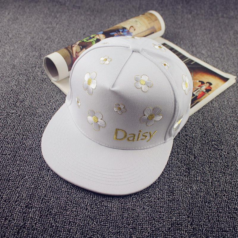 2018 New Flat Brimmed Hat Flower Embroidery Street Tide Male And