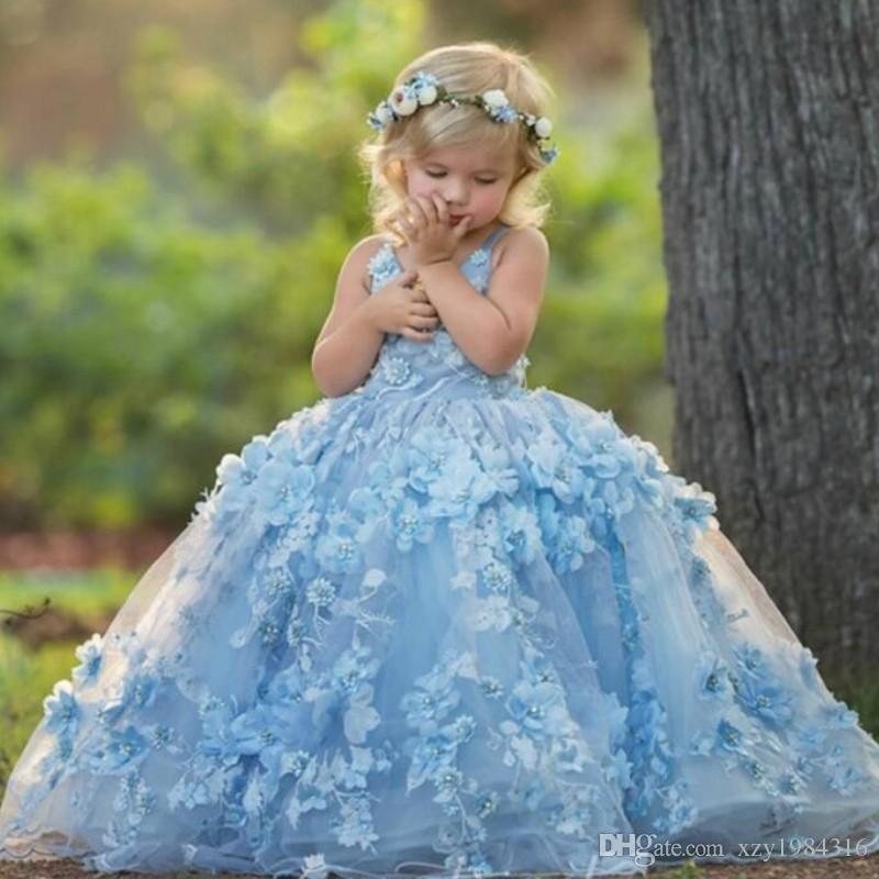 3D Floral Applique Communion Dress Lovely V-Neck Cross Straps Backless Flower Girl Dress Fluffy Tulle Birthday Ball Gown Girls Pageant Dress