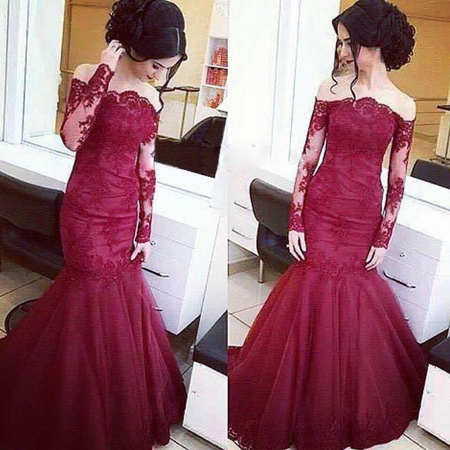 2016 Borgogna Off the Shoulder Prom Dresses con maniche a sirena illusion maniche lunghe abiti da sera