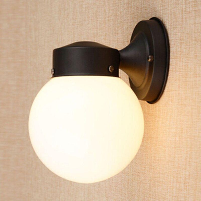 Amerikanische Landeisenball-Wandlampe Arbeitszimmerflurlichter Klassische Schmiedeeisenlichter Europäische Wandleuchte eine Hauptretro- Küche