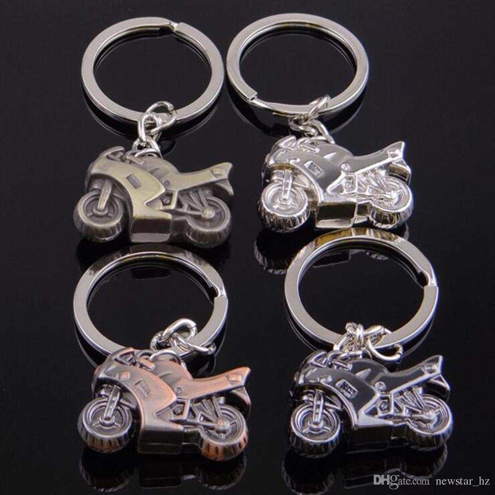 Heavy Duty Locomotive Metal Keychains Keyring Creative Motorcycle Zinc Alloy Key Chain Keyfob Car Keychain Gift Wholesale
