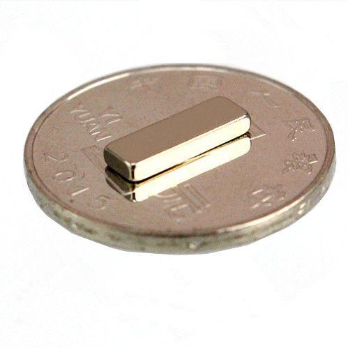 100 pcs Vente chaude 12x4x2 12 * 4 * 2 12 * 4 * 2mm 12x4x2mm forte terre rare aimant au néodyme NdFeB petit cube aimant permanent livraison gratuite