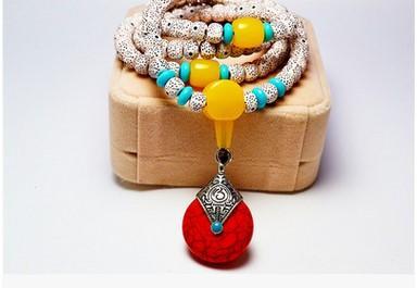Braccialetto Bodhi. Braccialetto di perline Hot fashion edition di gioielli. Perle di trasporto. Ornamenti per le mani, offerta speciale all'ingrosso. Gioielleria di moda.