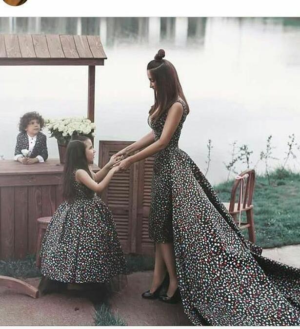 2016 년 어머니와 자식 무도회 드레스 파워 꽃잎 여학생 티 탈착식 기차가 달린 옷 입회 미식가 가운