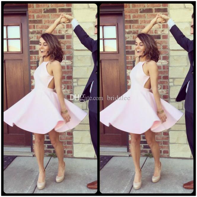 2016 Hot Pink Mini Vestidos de Fiesta Cortos Una Línea de Cuello Halter Sin Espalda de Satén Vestidos de Fiesta de Baile Para los Vestidos de Graduación de 8vo Grado