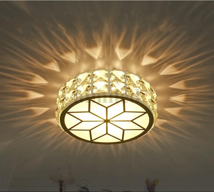 Größe: Durchmesser 17CM, Höhe 5CM Material: Edelstahl, Kristall, Acryl  Lichtquelle: LED Kaltweißes Licht Oder Warmes Licht Leistung: 5W