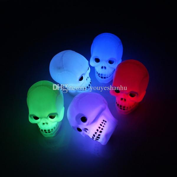 Multicolor Flash LED Skull Night Light Lamp Halloween Party Decoration