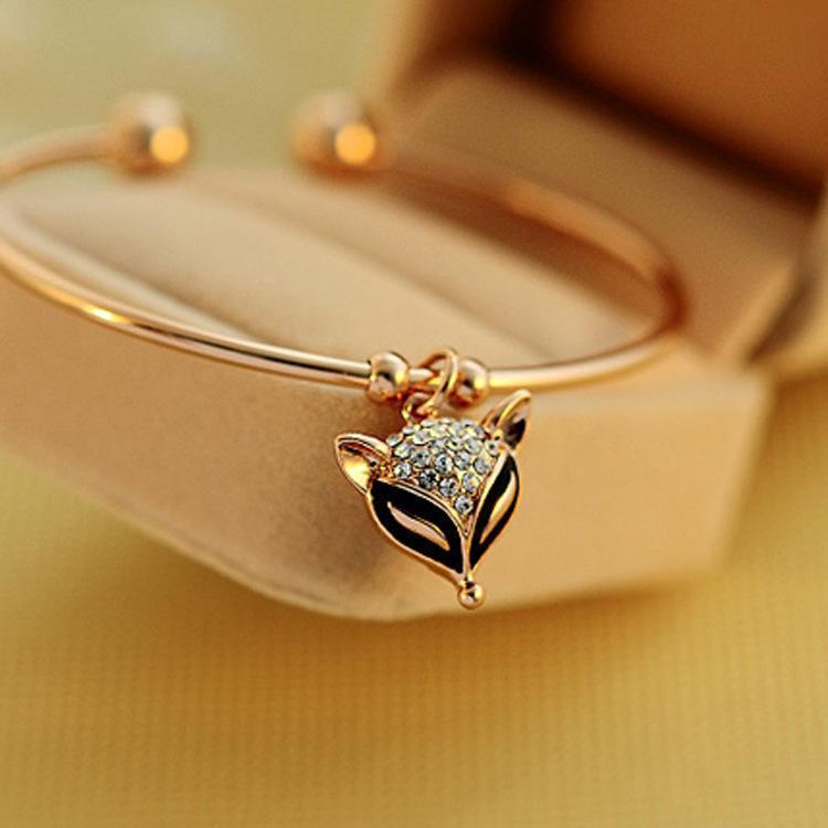 Braccialetti con ciondoli Bianchi Graziosi ciondoli con ciondolo a forma di volpe in oro rosa con ciondolo a forma di volpe