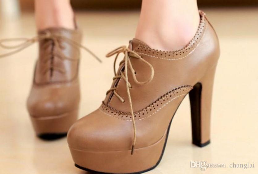 Impermeabile scarpe col tacco alto in pizzo scolpito 2016 primavera nuovo coreano retrò spesso con suole spesse 236