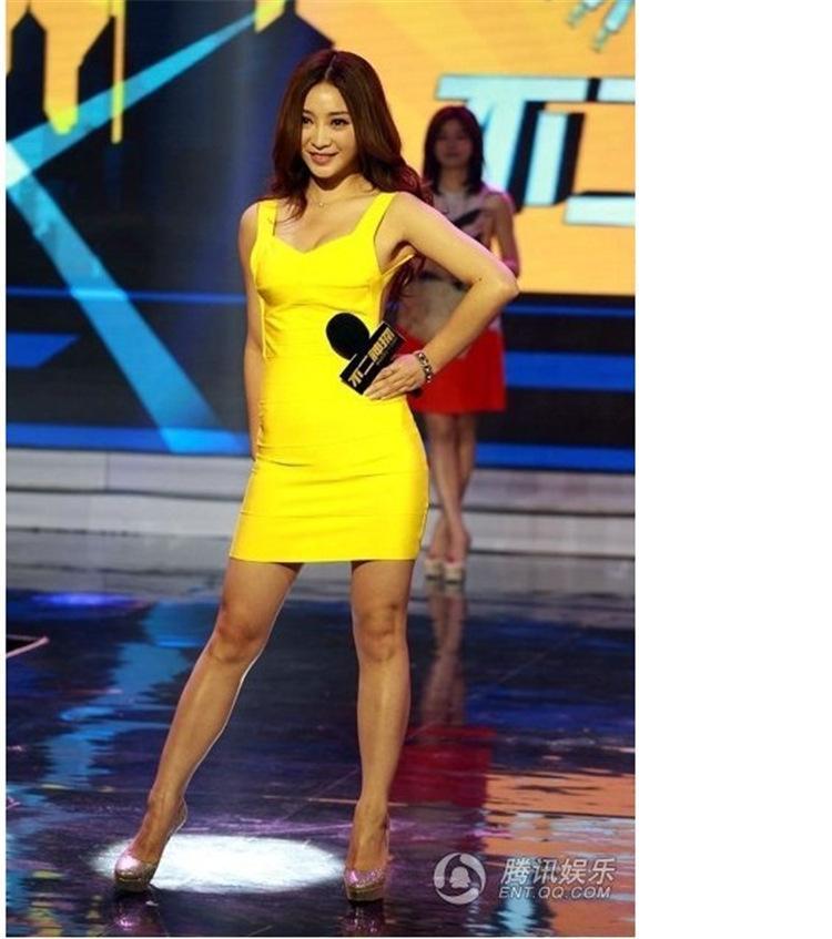 여성 의류 여성을위한 유럽 섹시한 치마 스타 리우 Yankuan 붕대 닫기 바디 스컬 프팅 패키지 엉덩이 드레스 맥시 드레스 여성