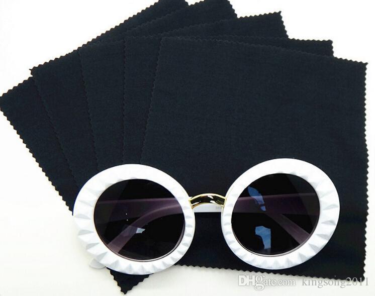 100 pçs / lote 210GSM 14 * 14 cm preto microfibra limpador de lentes de pano de limpeza para óculos / câmera / telefone em zig zag corte
