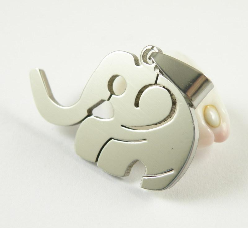 Stunning Women Elephant Stainless Steel Necklace