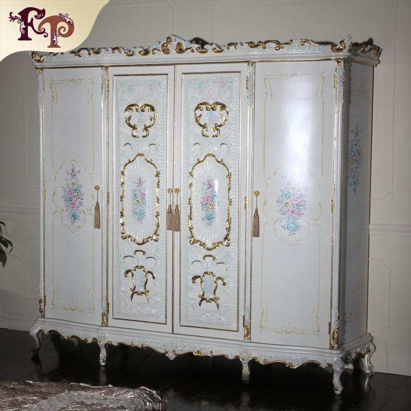 Antike Möbel im Barockstil - italienische Schlafzimmermöbel - luxuriöser handgeschnitzter Kleiderschrank - Massivholzrahmen mit rissiger Lackierung