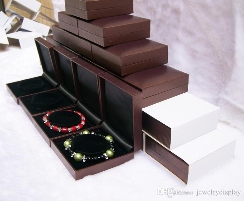 Fashion Treachi Directselling 48pcs Brown Jewelry Braccialetto Braccialetto Scatole Caso di gioielli in plastica di qualità Pachage Gift Box