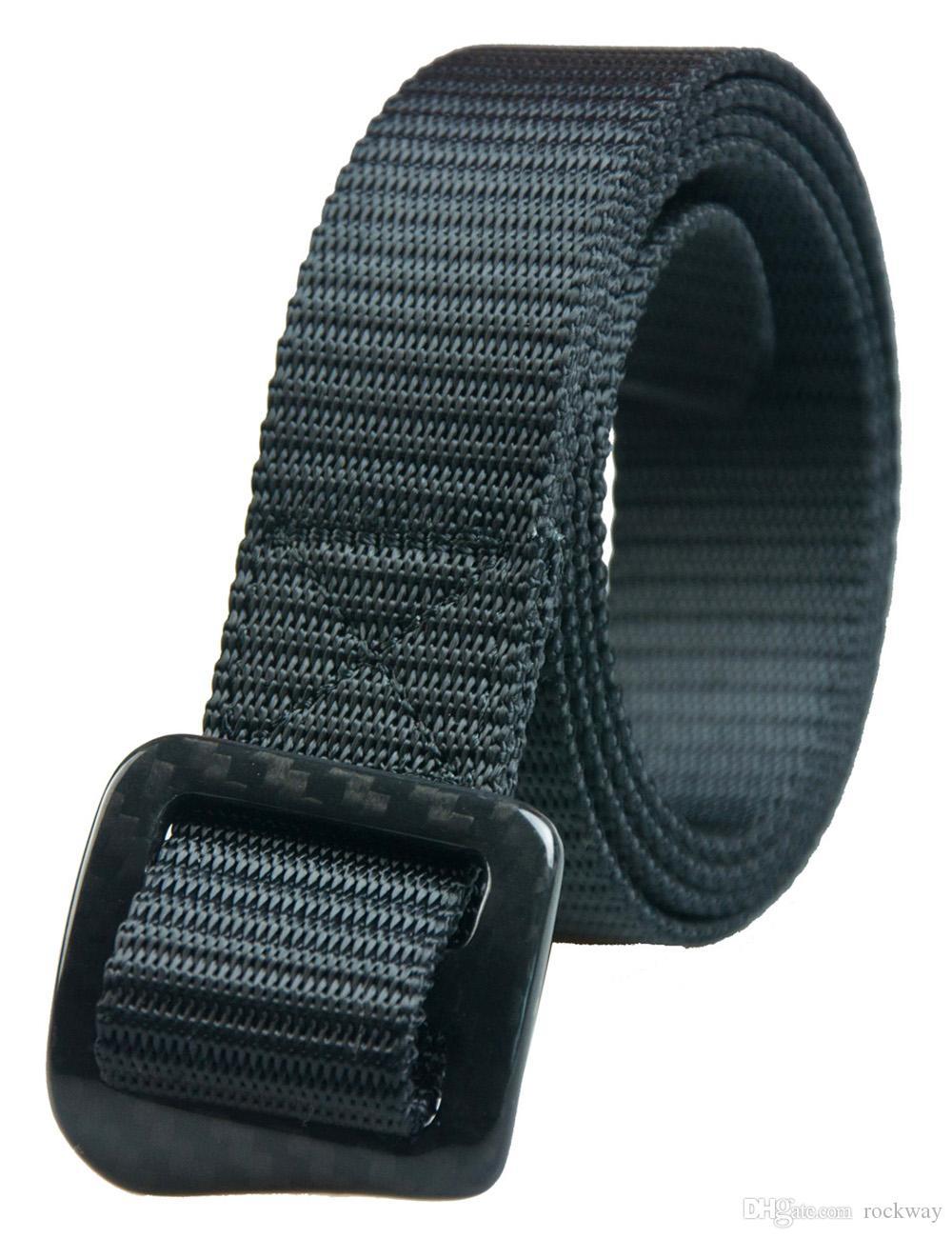Cinture in nylon nero con fibbia in fibra di carbonio al 100% con controllo anallergico e sicurezza passata