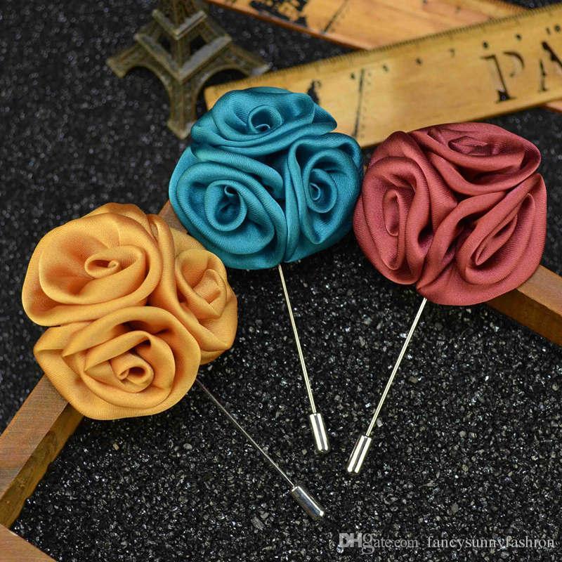 Prezzo a buon mercato Palla di fiori Spilla Spilla a mano Boutonniere Stick con fiore di seta artificiale per abbigliamento da uomo Abbigliamento uomo Accessori