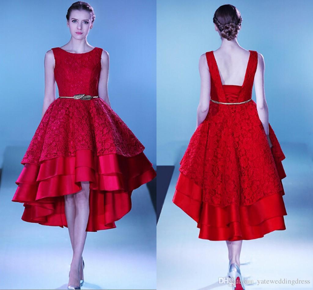 Rote elegante Kleider für die Heimkehr Mit Juwelen und Spitzenapplikationen Hallo-Lo-Abendkleider Zurück Schnür-gestufte Rüschen Sash Red Carpet Dress Party Dresses