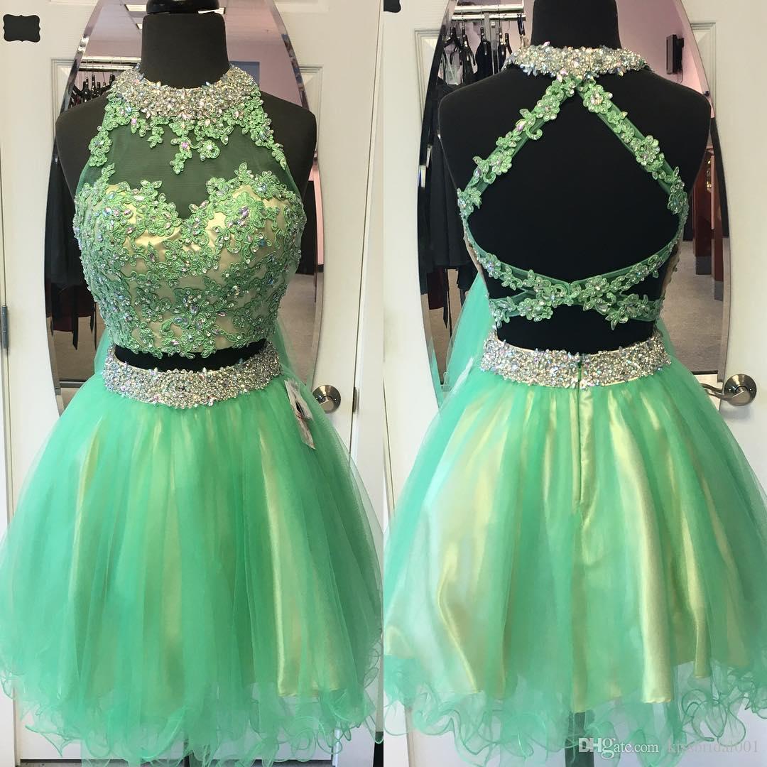 Deux pièces vertes robes de soirée dos-nu décolleté dentelle Applique robes de soirée courtes avec Sexy creux dos Mini Longueur