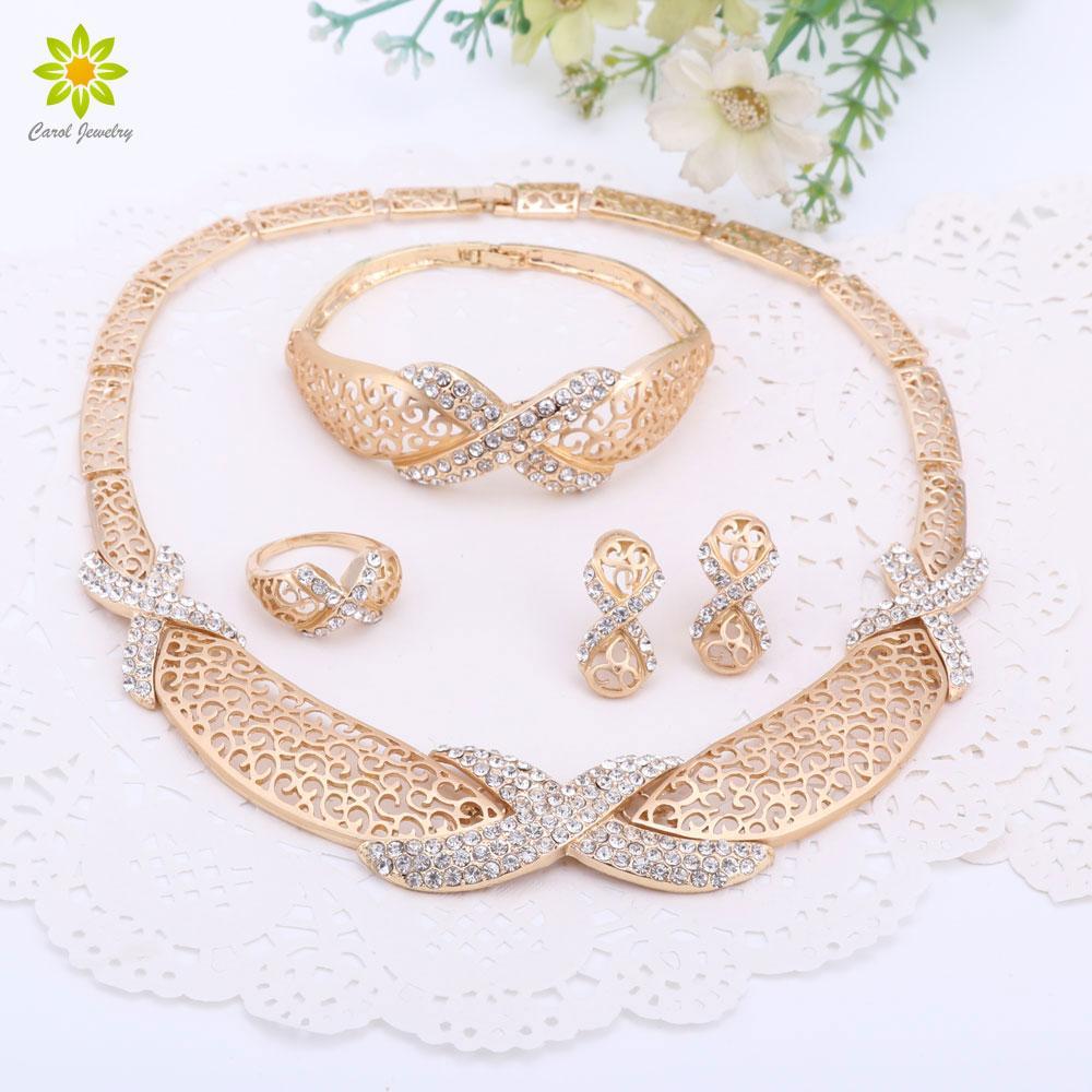 Novos Encantos Venda Quente de Moda de Nova Chegada Traje Africano Mulheres de Casamento Banhado A Ouro Conjuntos de Jóias de Cristal Frete Grátis