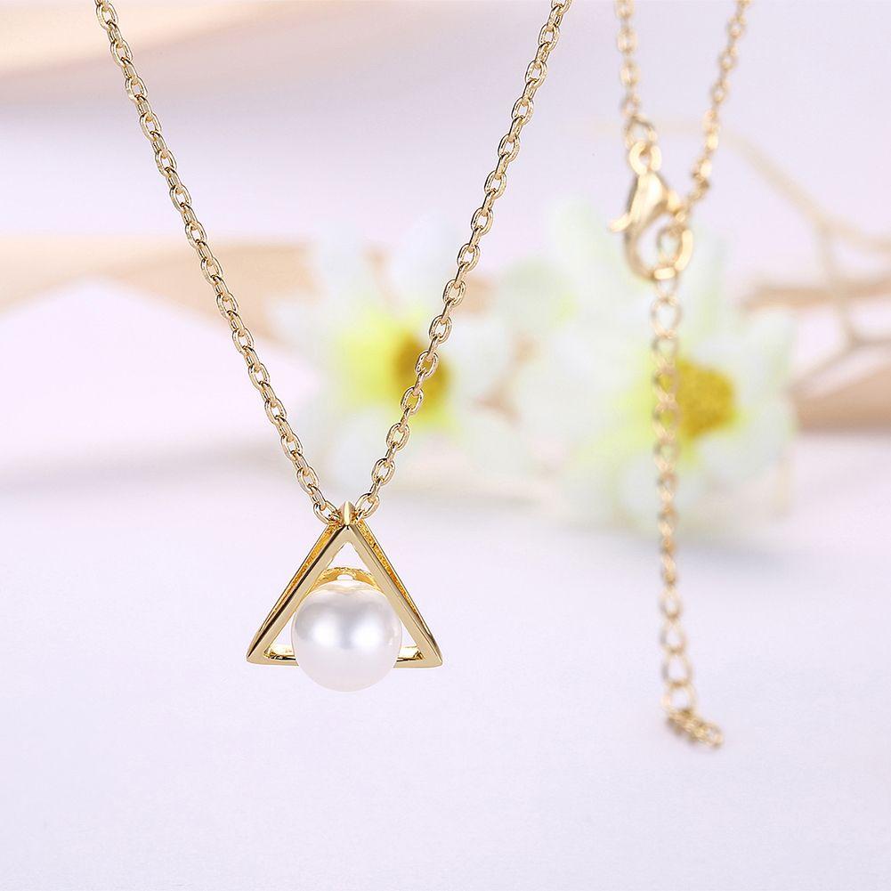 Neue Mode Dreieck Perle Gold Halskette Hohle Anhänger Halskette Damen Schmuck Sexy Schlüsselbein Halskette Freies Verschiffen