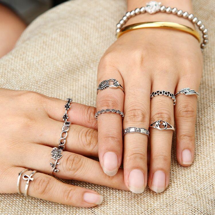 11PCS = 1SET flores aleación de diamantes hojas 11 juegos de anillos conjuntos de luna hueca cola whoelsale envío gratis