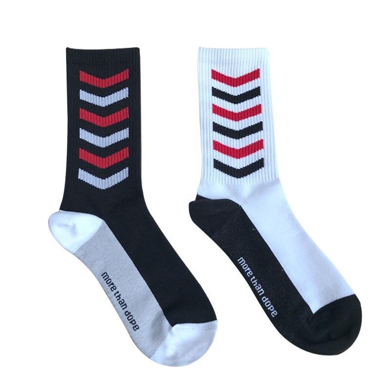 Güney Kore Ulzzang Harajuku Liman Rüzgar Basit Çizgili Gelgit Marka Erkekler ve Kadınlar Kaykay Tüp Pamuk Çorap Fabrika Doğrudan Ücretsiz Kargo