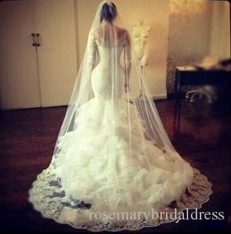 Bridal Cheap Long Veils Soft Tulle Three Meters with Lace on the Edge Cathedral Veils White Ivory Veils for Wedding