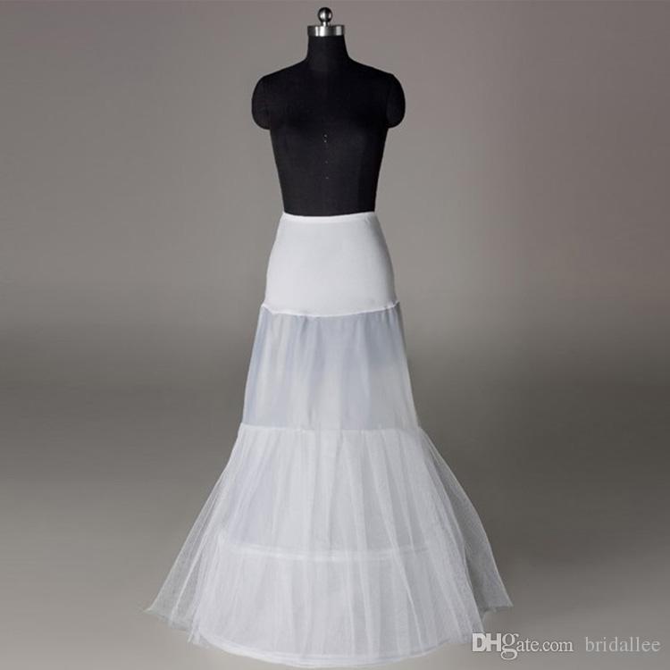 2016 شحن مجاني حار بيع أرخص خط الزفاف الأبيض تنورات شحن حجم الزفاف زلة تحتية القرينول الأبيض لفساتين الزفاف