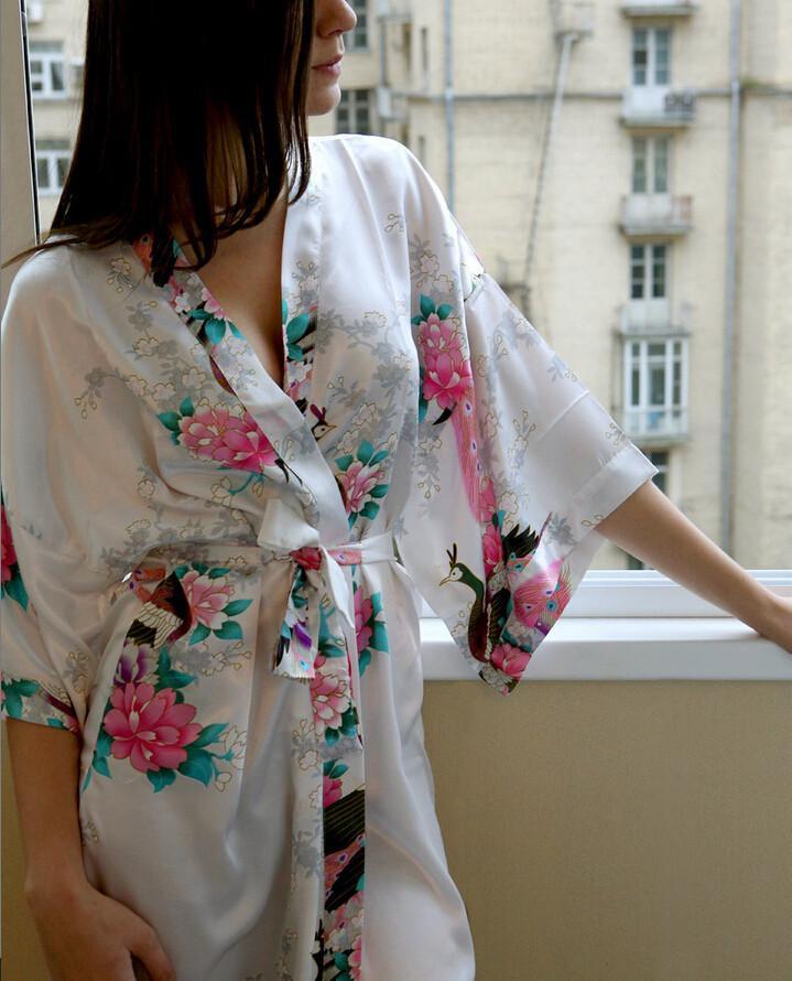 Vente en gros- Femmes Sexy Nightwear Satin Lingerie Kimono Soie Femmes Nightwear Longues robes de nuit Kimono chinois Femmes Nightwear Pyjama