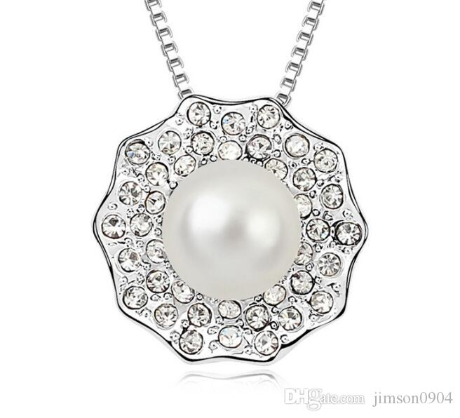new fashion Woman SWAROVSKI element Pearl Necklace Yearn day and night Europe and America Crystal Pendant Diamond Ornaments Pendant jewelry