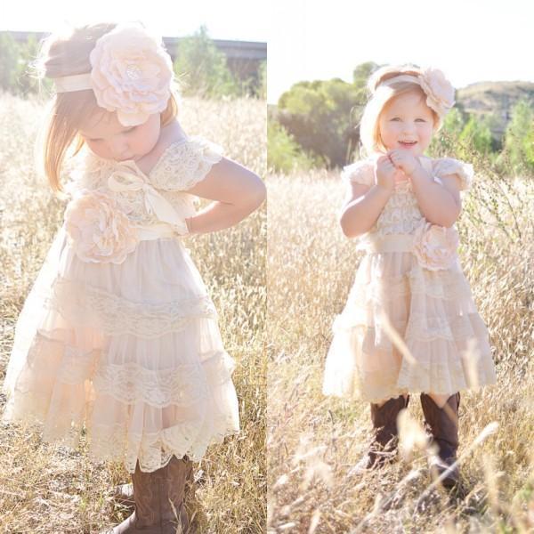 New Champagne Flower Girl Kleider 2019 Lace Pettidress Vintage Girls Pageant Kleider für Hochzeiten Shabby Chic Rustic Infant Dresses