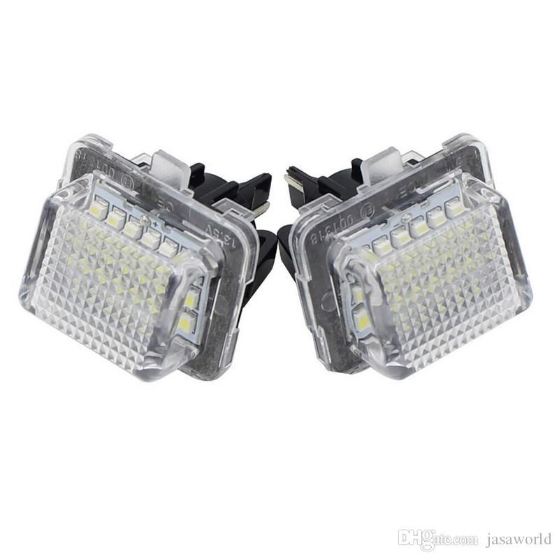 2adet 18 LED Hata Ücretsiz Numarası Plaka Işık Araba Ampüller Otomatik Lamba Oto Aksesuarları Fit For Mercedes Benz W204 W212 W216 W221 2009 ~