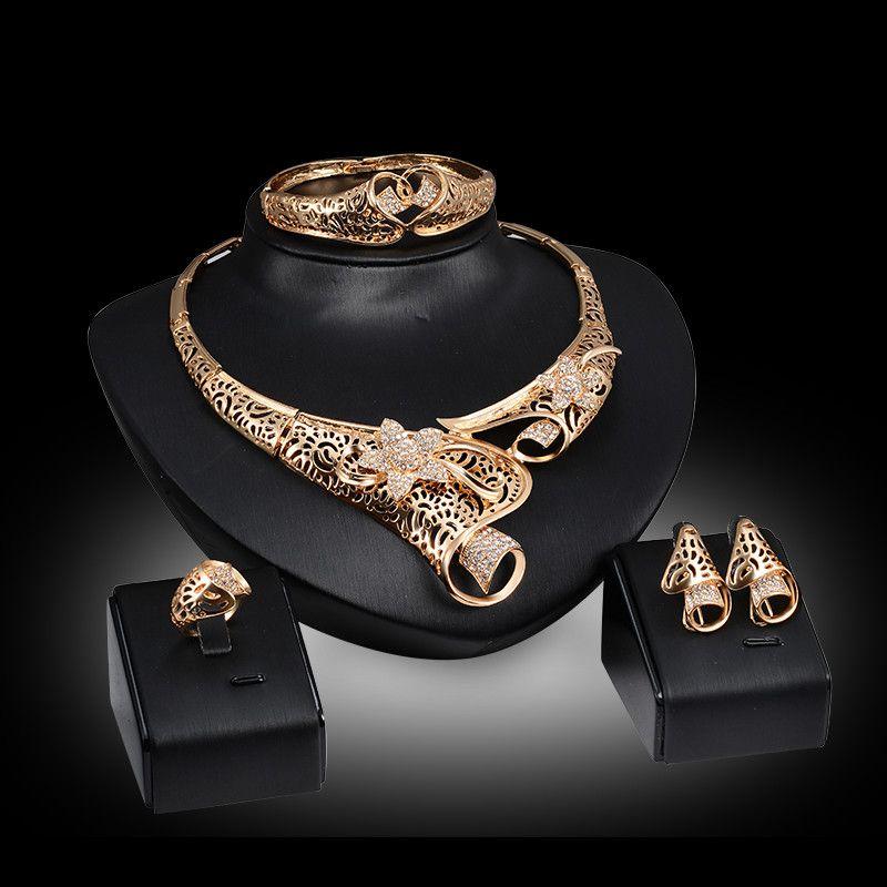 Orecchini collane braccialetti anelli moda lusso strass fiori 18 k placcato oro geometrica scava fuori gioielli partito 4 pezzi set js029