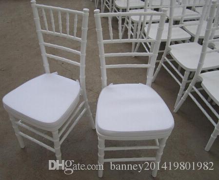 country club white chiavari chair with seat pad