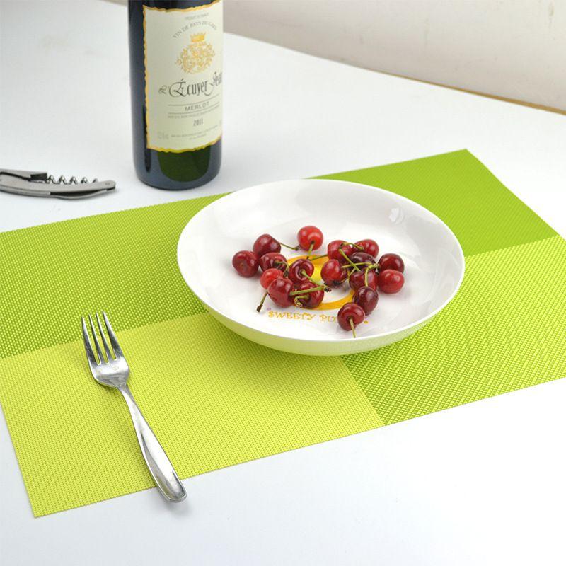 Vente en gros 40pcs / lots Accueil Décoration de table Accessoires Vaisselle thermiquement isolante PVC Chic Placemat Cuisine Dinning Bowl pad imperméable à l'eau Pad