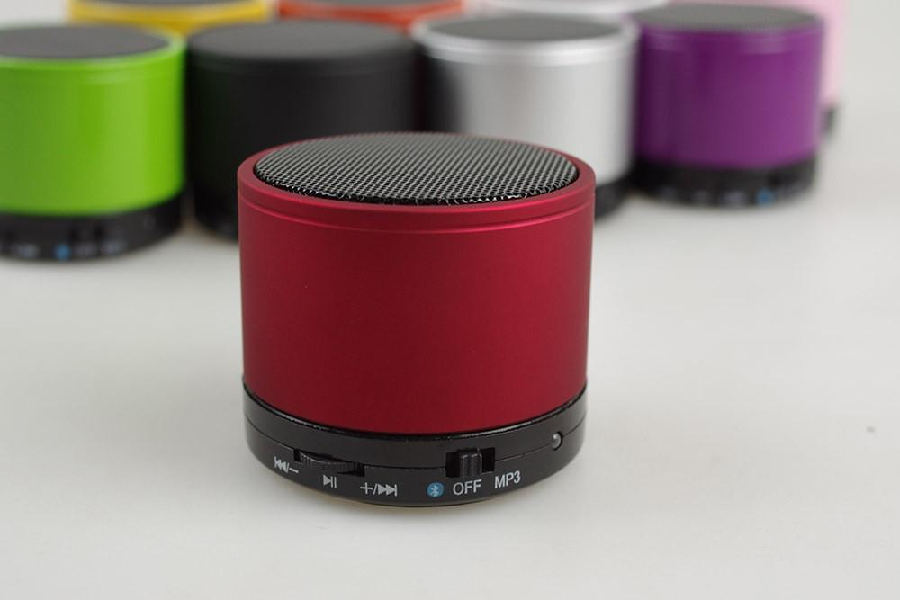 Douew-BS01-Hot-Portable-Bluetooth-Speaker-Wireless-MINI-Stereo-Super-Bass-Alloy-Body-MP3-Player-Eight (1)
