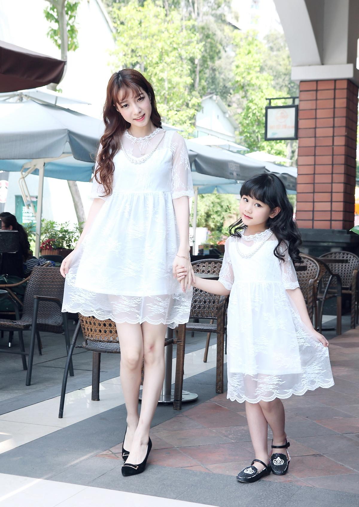 MOM Daughter Dresses Family Matching Clothes Summer Girls Lace Dress Mom baby Clothing Sets Children Kids Party Skirts fashion