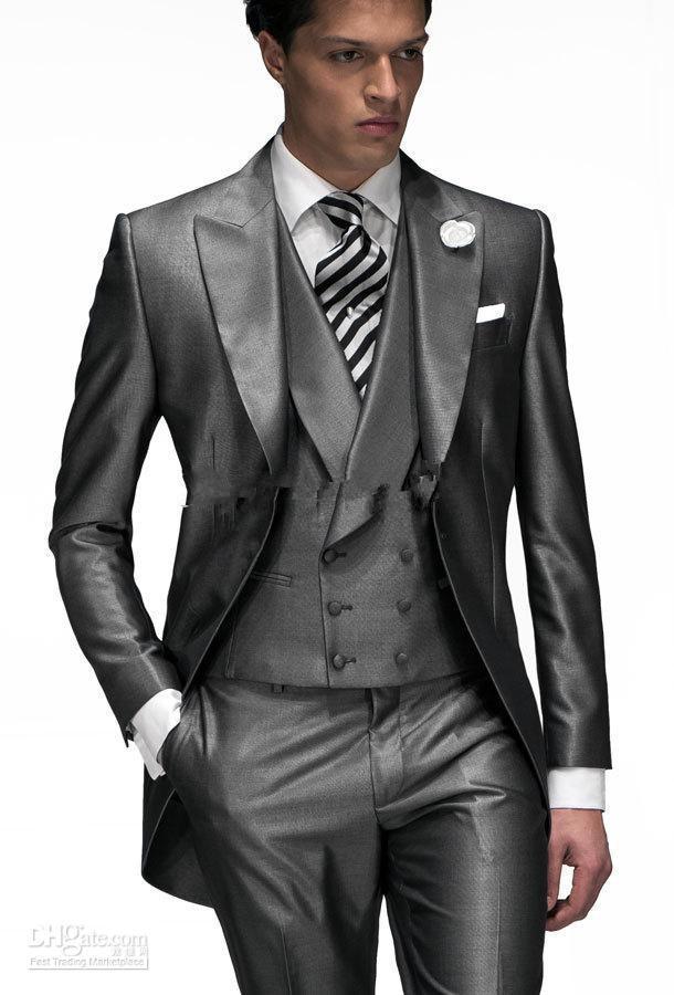 Nuovo arrivo - Handsome grigio scuro frac con cappuccio con risvolto Risvolto One Button Smoking dello sposo Abito da sposa da uomo Prom (giacca + pantaloni + cravatta + gilet) 1