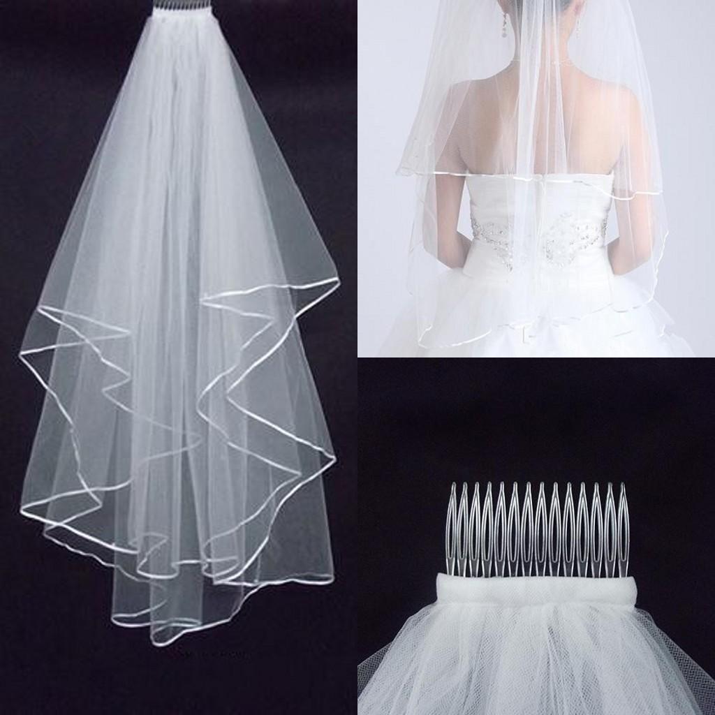 A buon mercato veli di nozze di due strati con il pettine bianco avorio con il bordo del raso per i veli da sposa degli accessori di nozze