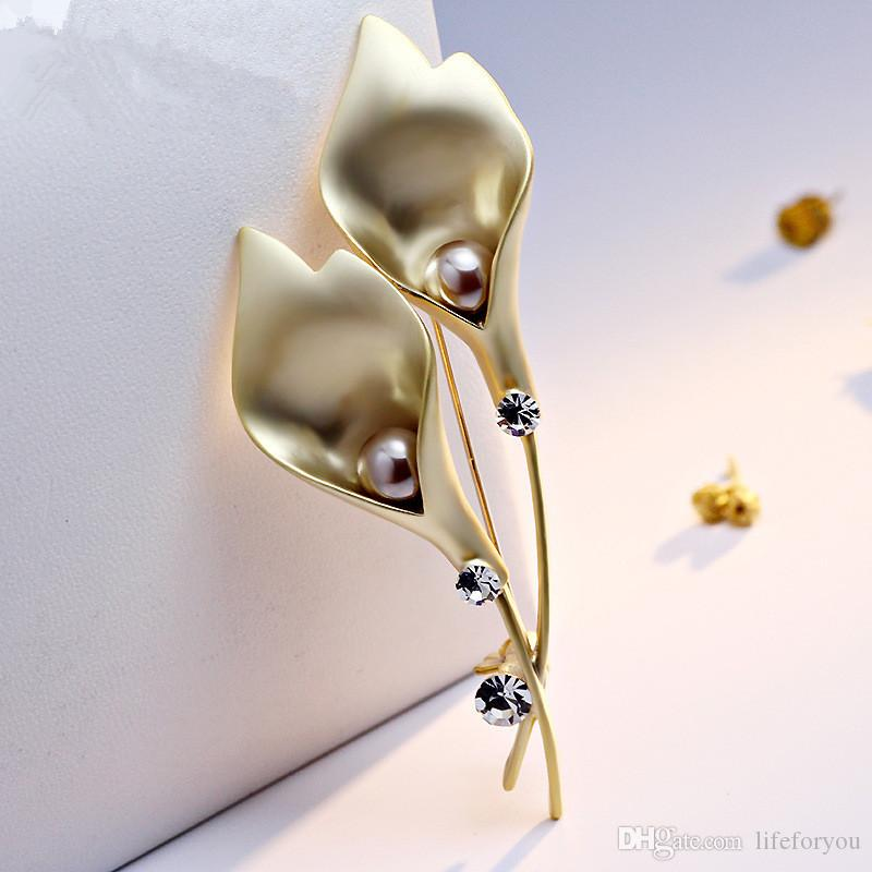 Flower Pearl Rhinestone Brooch Pin Silver Gold-plate Alloy Faux Diamente Broach for bridal wedding costume party dress Pin gift 2016 fashion