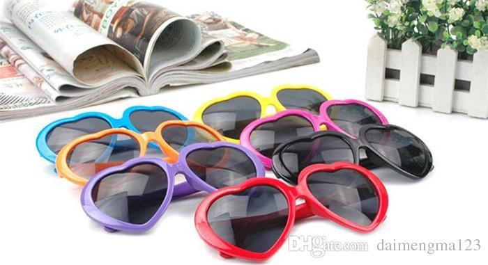 100 adet 11 renkler Kalp gözlük ucuz güneş gözlüğü kalp şeklinde güneş gözlüğü akını insanlar aşk retro boy ayna Sıcak tarzı kadın D653