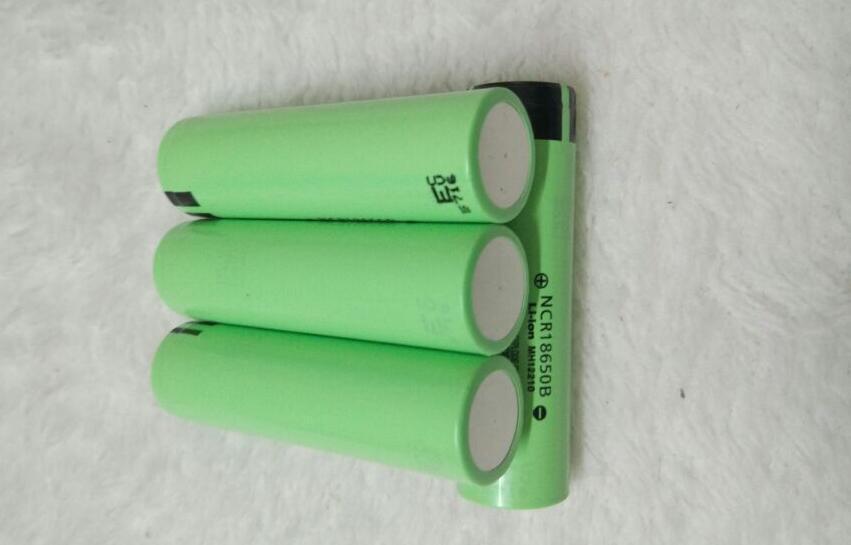 DHL FEDEX 18650 3.7 V / 3400 mah NR18650B Lthium batteria per Panasonic sigaretta elettronica Power Tool Battery