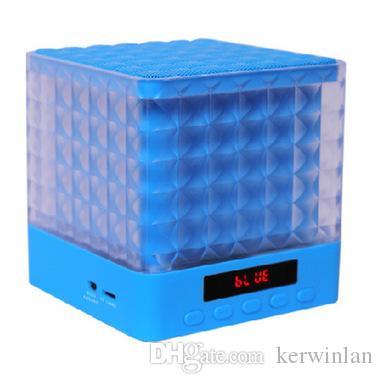 Bluetooth Speakers Subwoofer MIC Handsfree FM TF Card Slot Music Player 15 Watt Smart Bluetooth Speaker for Cellphone/Tablet MP3