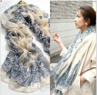 Neue Weinlese-Silk Schals-blaue und weiße Porzellan-lange Schalchiffon-Schals Sexy Druckfrauen Weihnachtsgeschenke Mehrfarben10pcs / lot