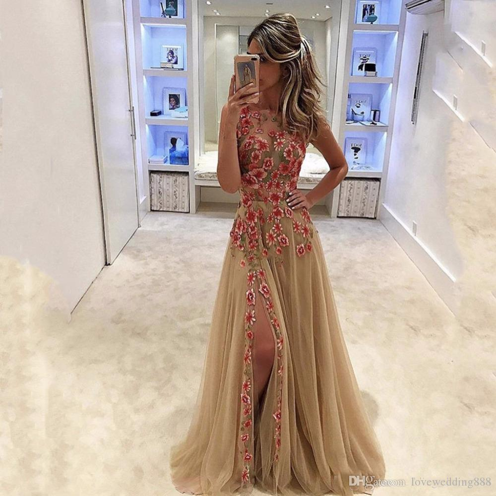 2019 Colored Flowers Champagne A Line Prom Party Dresses Scoop Sleeveless Thigh Side Slit Floor Length Formal Gowns Custom