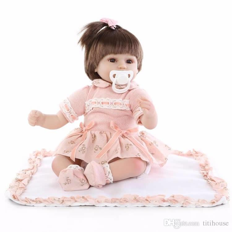 18 pollici morbido tessuto in silicone corpo rinato bambino bambola adorabile neonato principessa ragazze indossando abiti arancioni regalo di compleanno per bambini