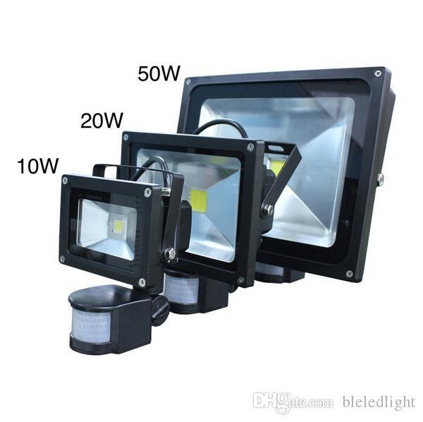 Spedizione gratuita Illuminazione esterna Proiettori 10W 20W 30W Bianco caldo bianco PIR Sensore di movimento Sicurezza LED Flood Light 85-265V