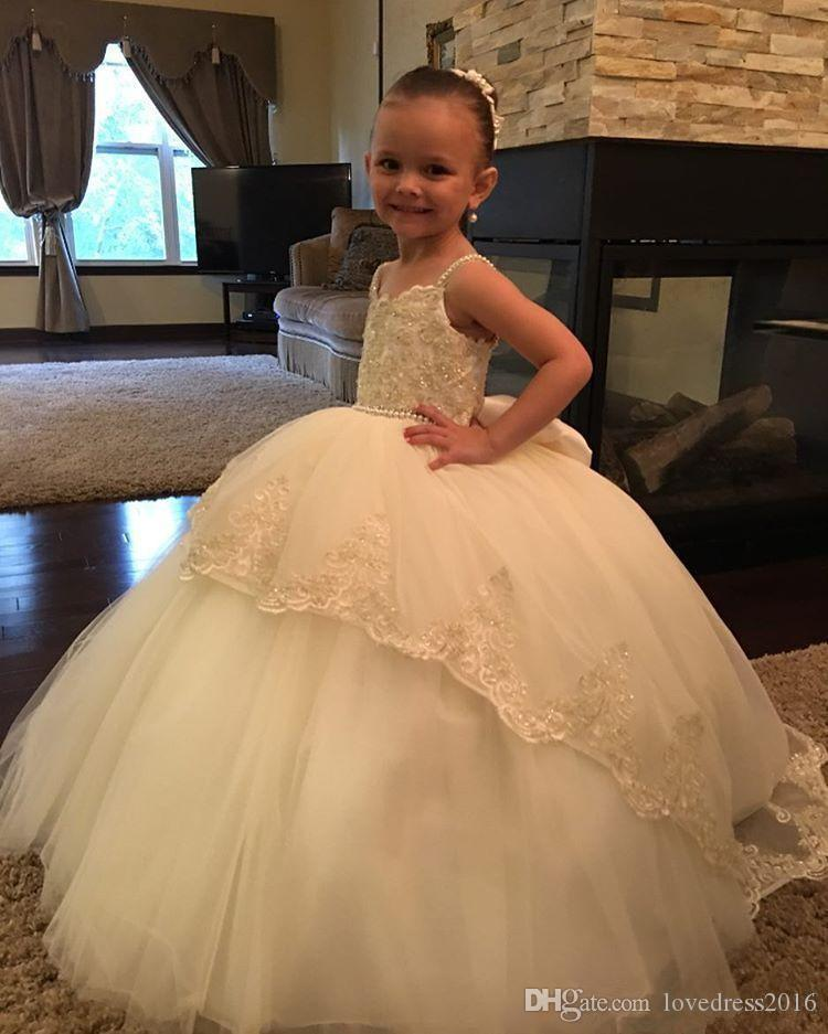 Long Tulle Ball Gown Flower Girls Dresses With Bow Beaded Spaghetti Straps Princess Party Gowns Applique Lace Bodice Girls Wedding Dress
