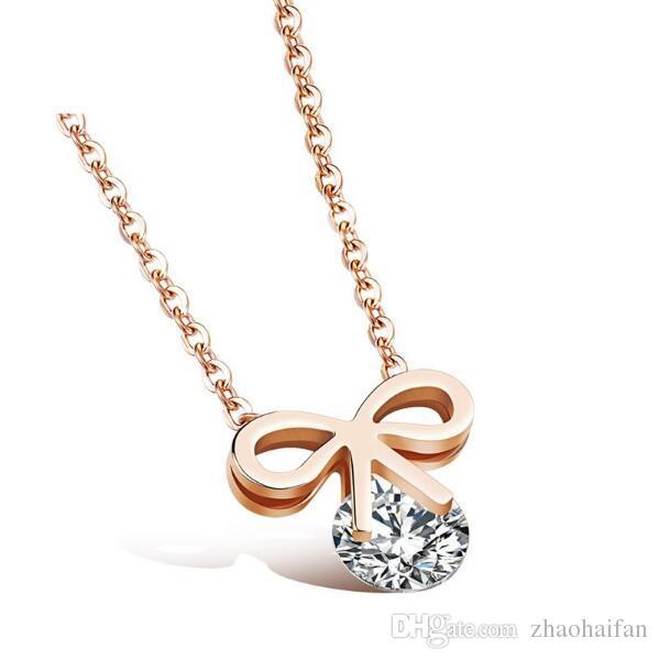 Bowknot Design Pendentif Collier Pour Femme Incrusté Zircone Cubique En Acier Inoxydable Mignon Bijoux Cadeau Pour Les Filles AGX1084