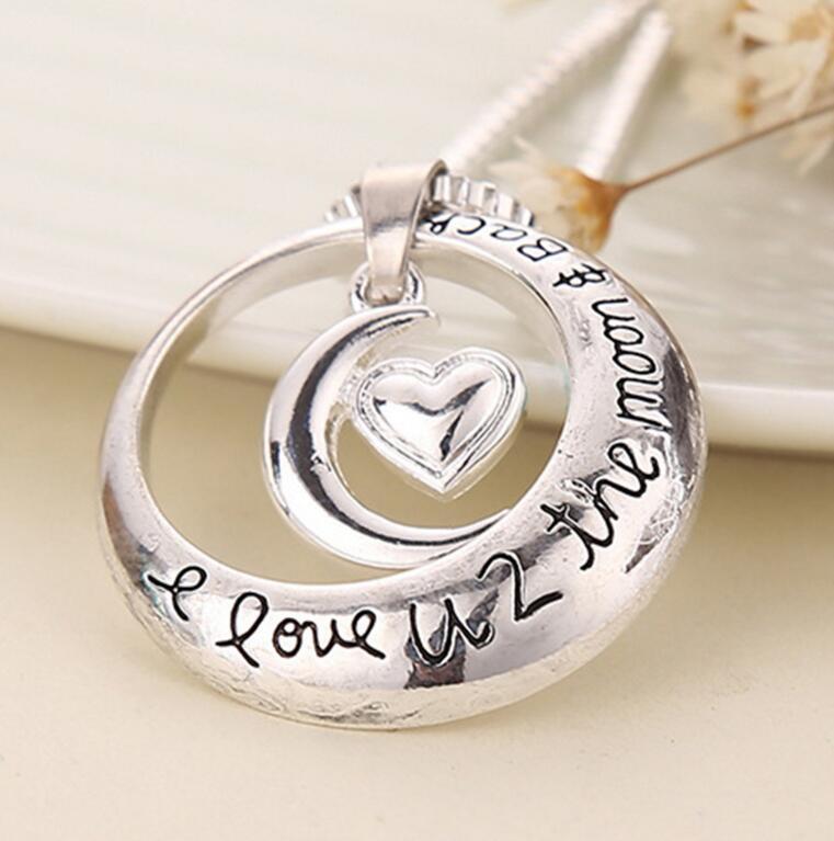 Gioiello popolare europeo e americano I Love U 2 The Moon and Back collana a forma di cuore con pendente lunare a forma di luna